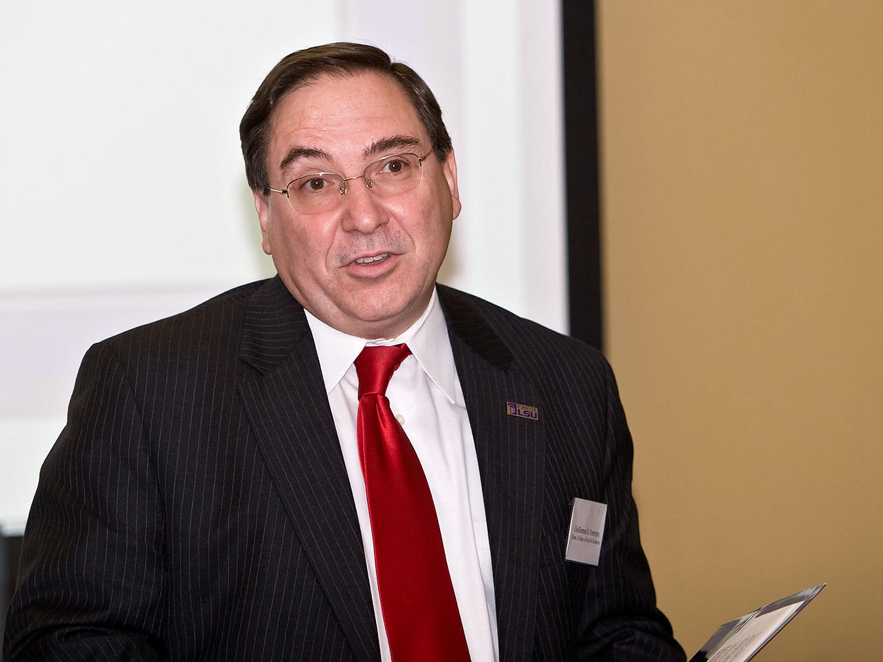 Dean of College of Arts and Sciences Guillermo Ferreyra